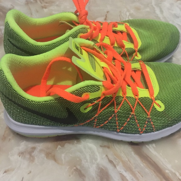 Zapatos Nike Running Flex Fury 2 Zapatilla De Running Nike Mujer Poshmark 4Y a108b0